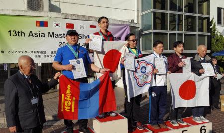 Азийн мастеруудын тэмцээнээс алт, мөнгөн медаль хүртэв